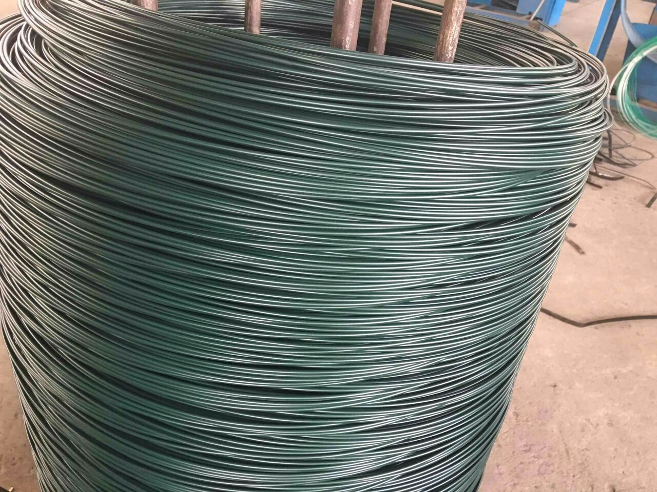 PVC coated wire mesh   PVC coated wire fencing   PVC coated wire netting